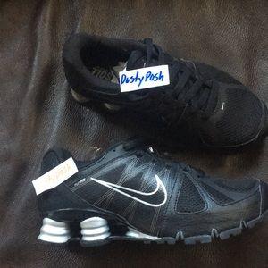 Nike Shox Roadster Sneakers Black Silver Turbo New